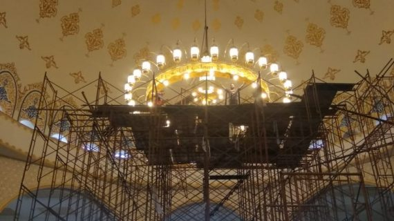 Lampu Hias Gantung untuk Masjid di Indonesia