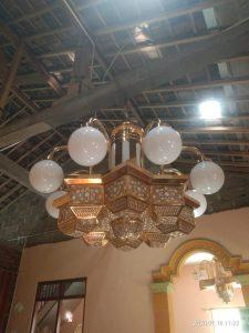lampu gantung antik kuningan