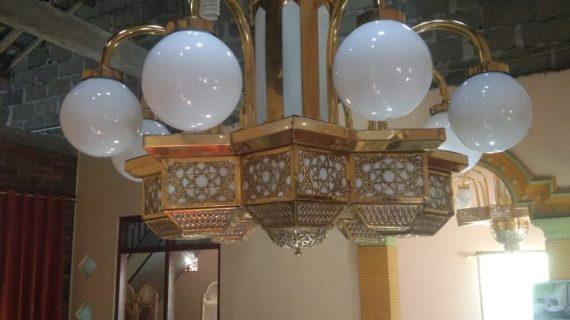 lampu duduk tembaga kuningan